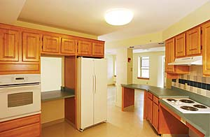 Click to enlarge Photo of Plant Court Kitchen
